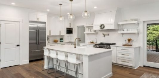 How to Renovate a Kitchen in a Handful of Money Wisely